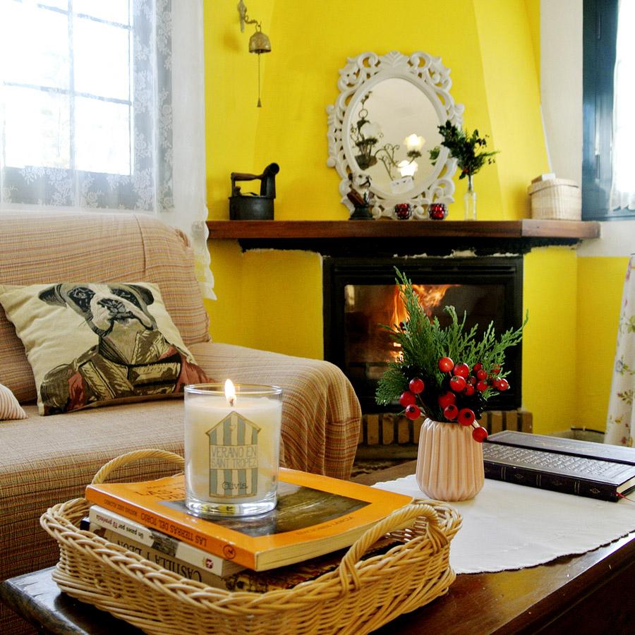 Alojamiento rural para dos personas la casa amarilla for La casa amarilla banos